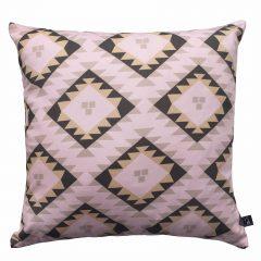 dizajnerski jastuk sa etno ornamentima