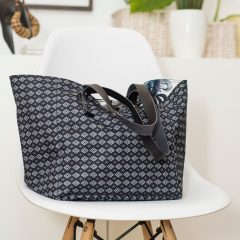 dizajnerska torba sa ornamentima Twiga Pattern Bazaar
